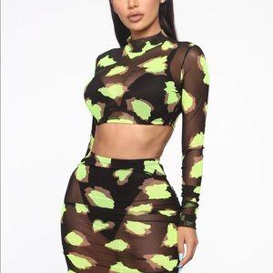Neon black and yellow skirt set